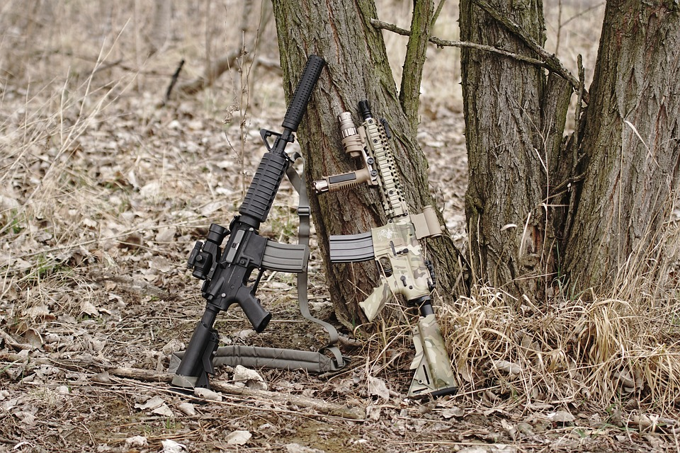 Different types of airsoft guns